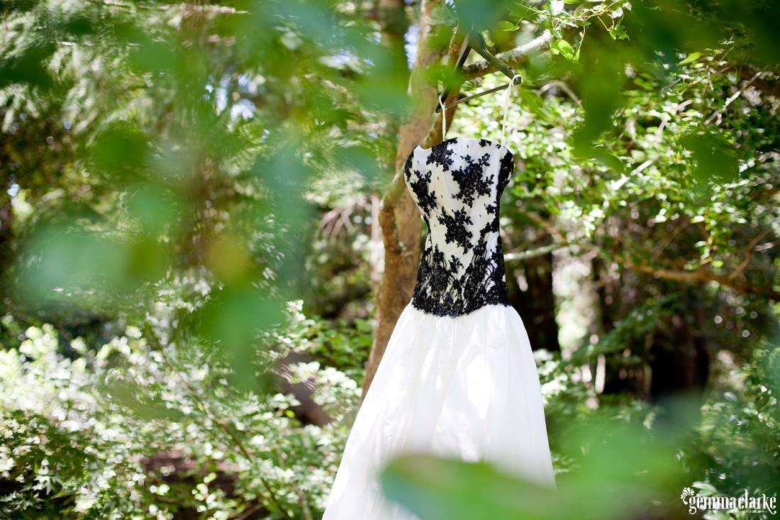 gemmaclarkephotography_blue-mountains-backyard-wedding_jane-and-aaron_0004