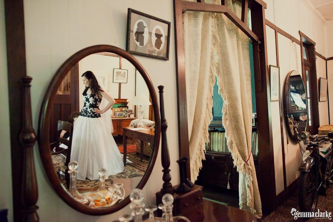 gemmaclarkephotography_blue-mountains-backyard-wedding_jane-and-aaron_0018