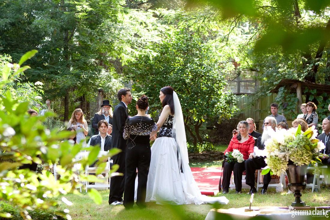 gemmaclarkephotography_blue-mountains-backyard-wedding_jane-and-aaron_0023