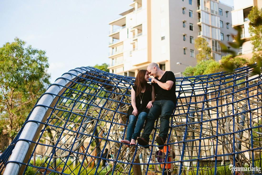 gemma-clarke-photography_sydney-engagement-photos_urban-engagement_anna-and-sam_0007