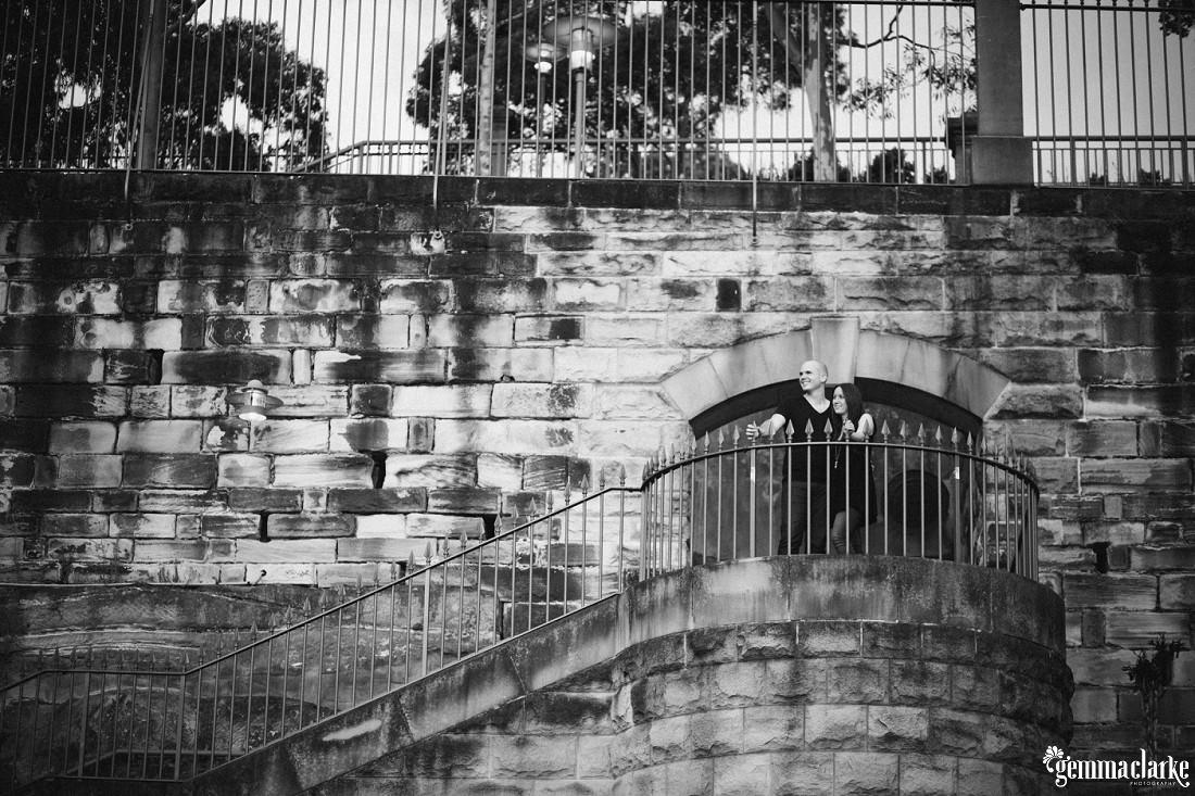 gemma-clarke-photography_sydney-engagement-photos_urban-engagement_anna-and-sam_0010