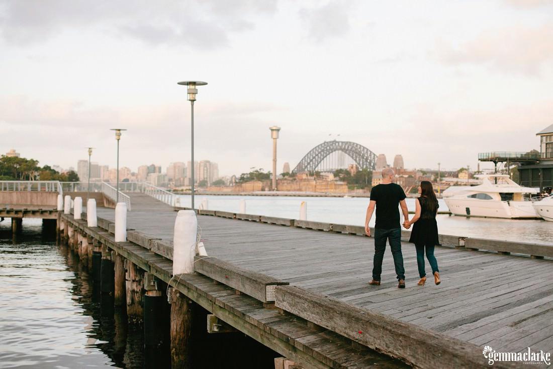 gemma-clarke-photography_sydney-engagement-photos_urban-engagement_anna-and-sam_0011