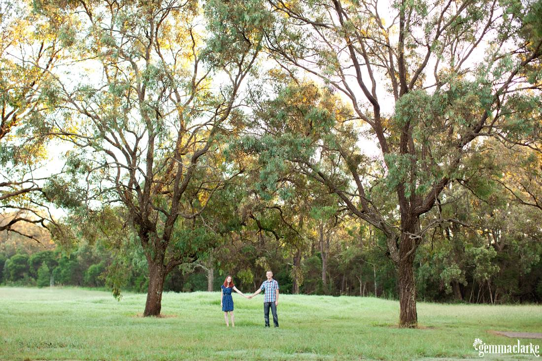 gemmaclarkephotography_engagement-photos-with-dog_talitha-and-glen_0008a