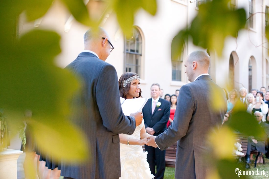 gemmaclarkephotography_the-mint-sydney-wedding_sandstone-photos_anna-and-sam_0011
