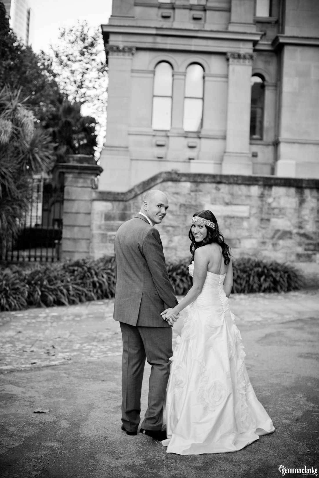 gemmaclarkephotography_the-mint-sydney-wedding_sandstone-photos_anna-and-sam_0025