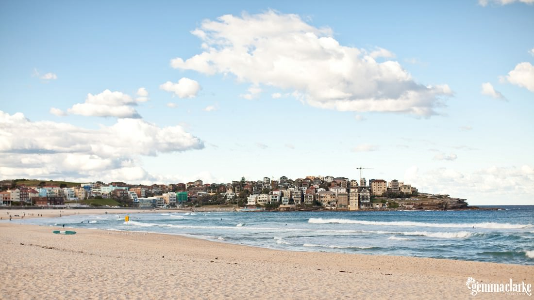 gemmaclarkephotography_engagement-photos_bondi-beach_kate-and-simon_0005