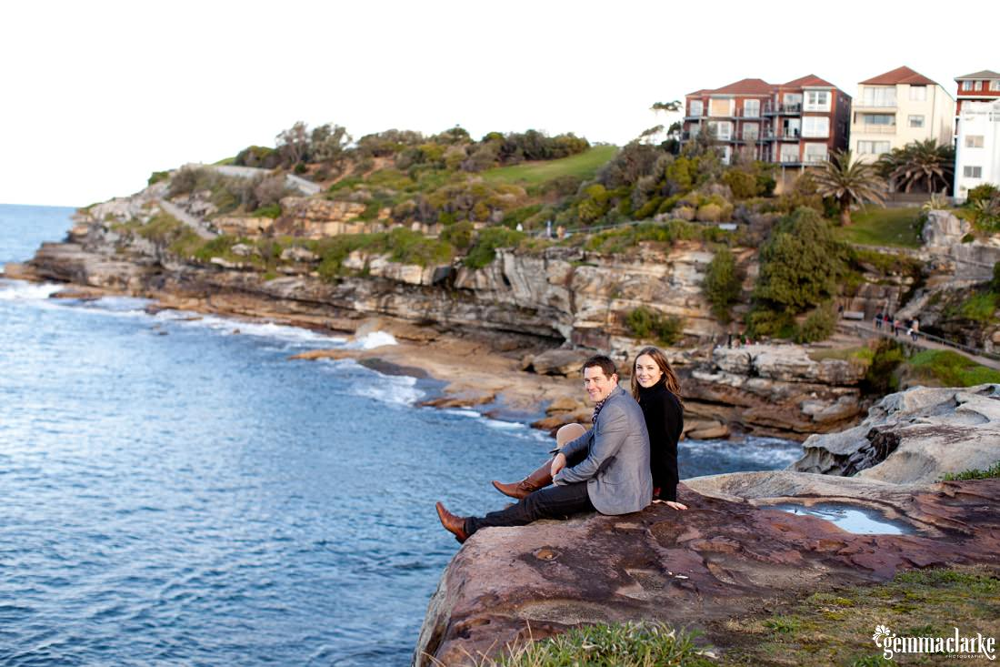 gemmaclarkephotography_engagement-photos_bondi-beach_kate-and-simon_0012