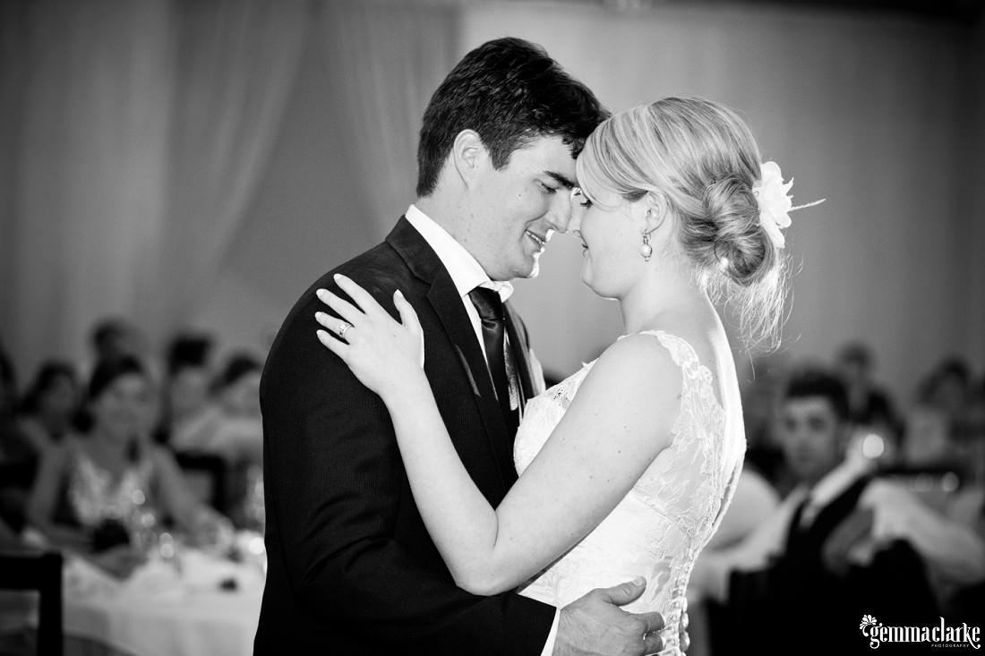 gemma-clarke-photography_longworth-house-wedding_newcastle-wedding_elise-and-scott_0035
