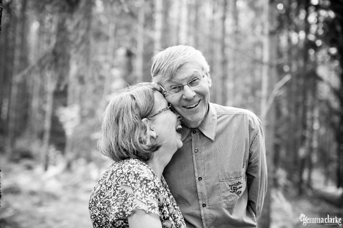 gemmaclarkephotography_summer-cottage-finland-family-portraits_0080