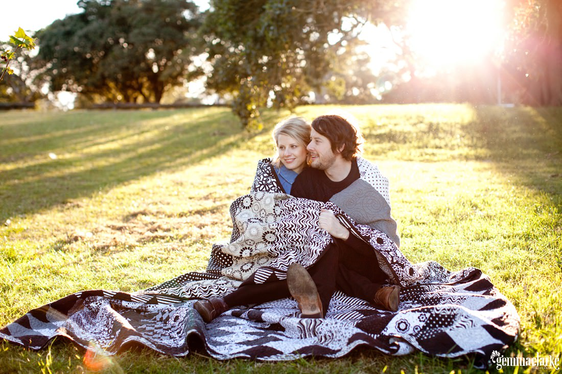 gemmaclarkephotography_winter-portraits-in-centennial-park_leah-and-tim_0014