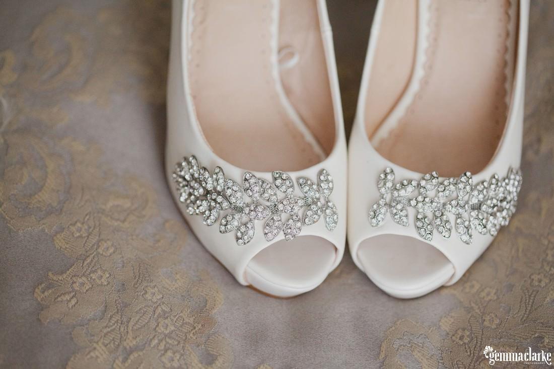gemma-clarke-photography_camelot-wedding_camden-wedding_jess-and-ben_0002