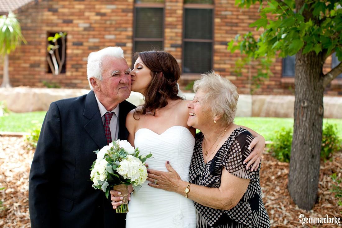 gemma-clarke-photography_camelot-wedding_camden-wedding_jess-and-ben_0004