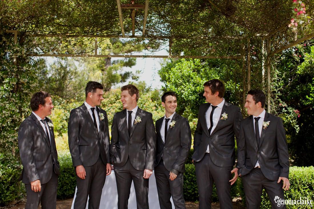 gemma-clarke-photography_camelot-wedding_camden-wedding_jess-and-ben_0006
