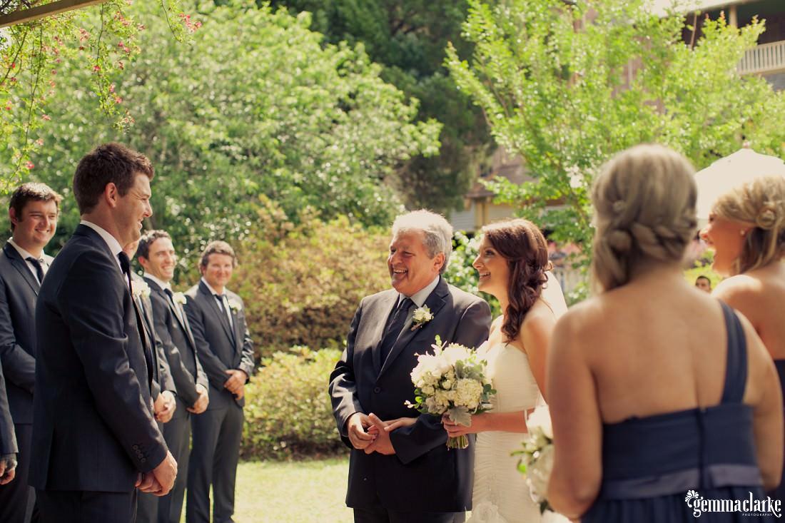 gemma-clarke-photography_camelot-wedding_camden-wedding_jess-and-ben_0011