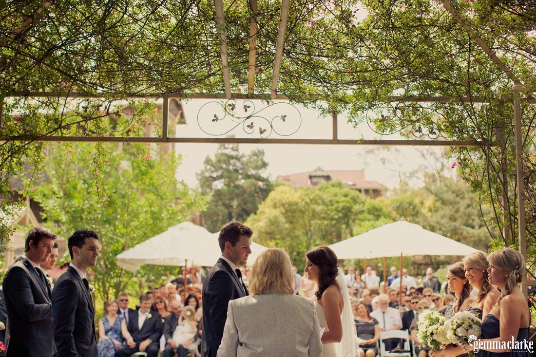 gemma-clarke-photography_camelot-wedding_camden-wedding_jess-and-ben_0015