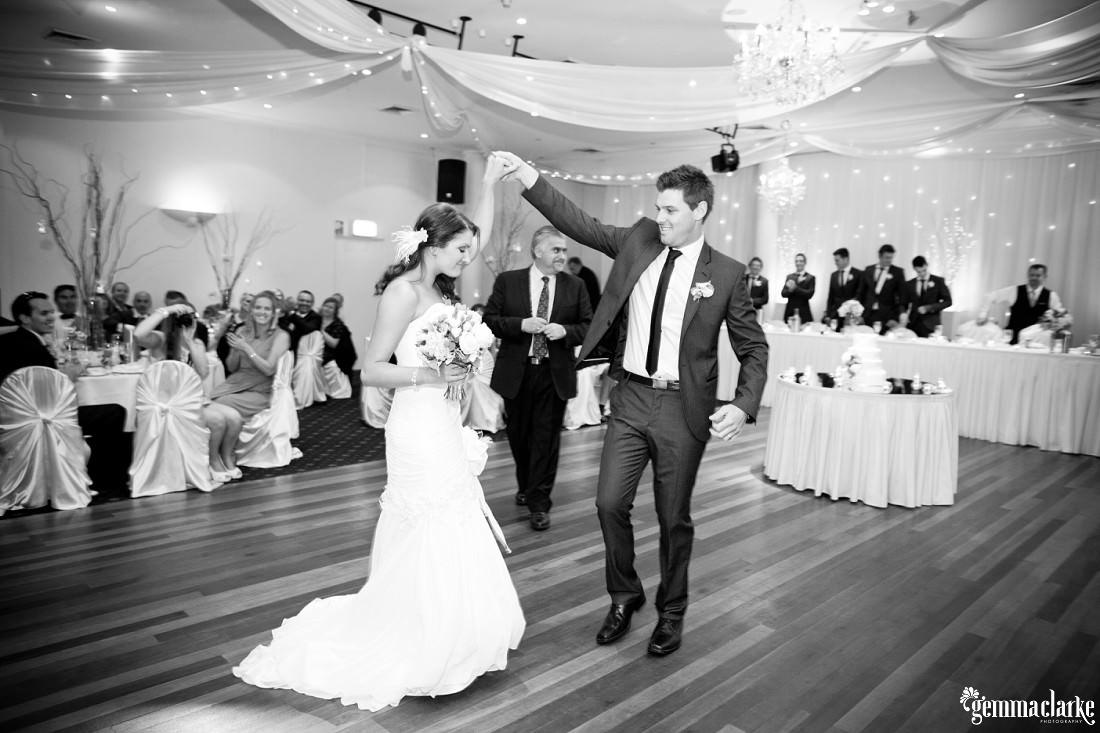 gemma-clarke-photography_camelot-wedding_camden-wedding_jess-and-ben_0044