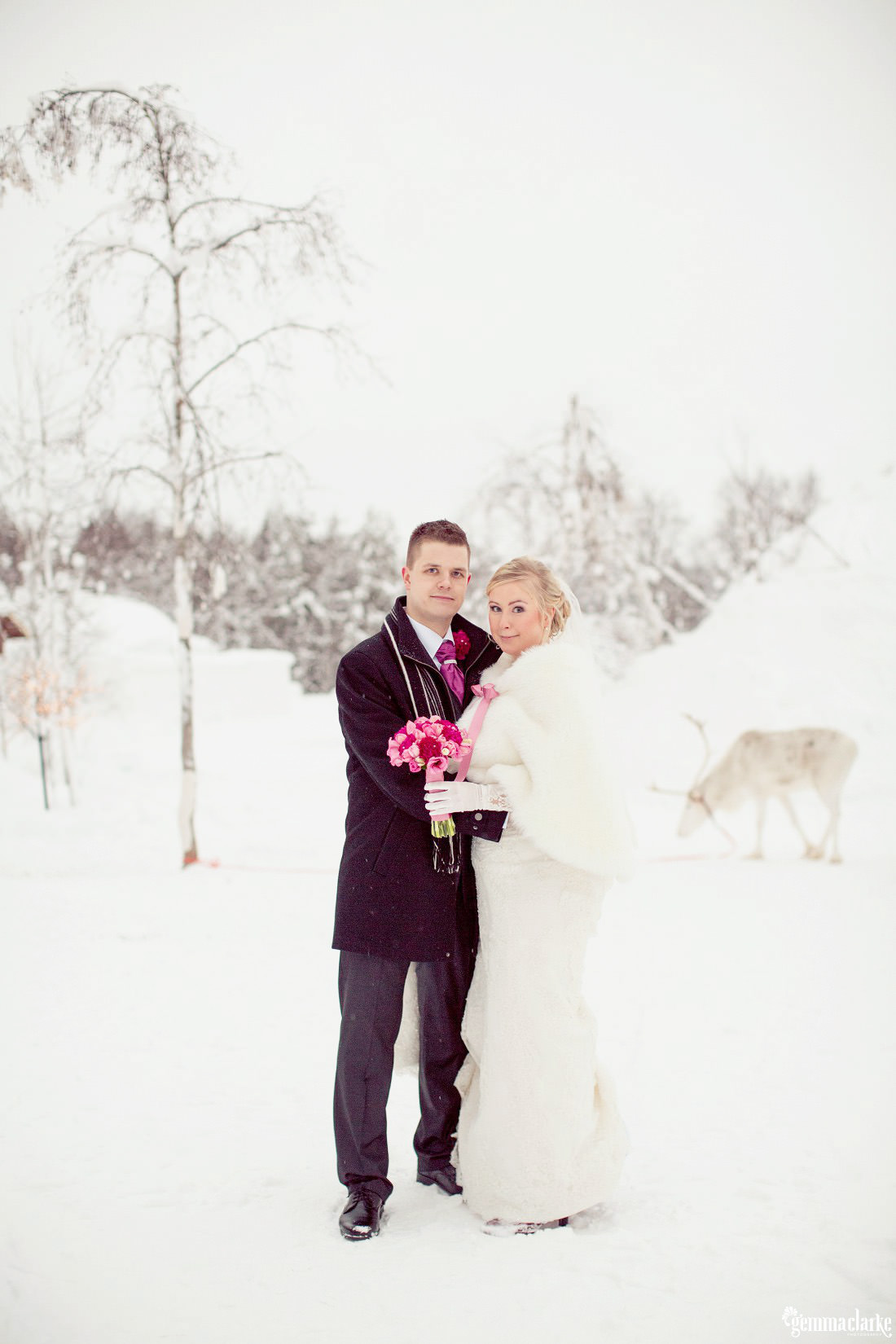 gemmaclarkephotography_winter-wedding-in-lapland-finland_jaana-and-tuomas_0022a