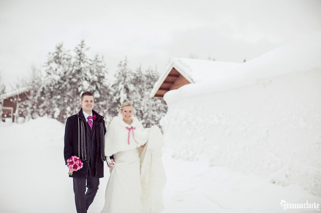 gemmaclarkephotography_winter-wedding-in-lapland-finland_jaana-and-tuomas_0025