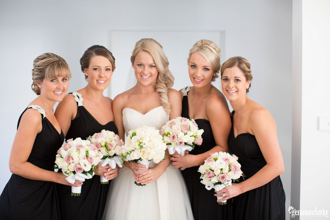 gemma-clarke-photography_gunners-barracks-wedding_tearooms-wedding_ellie-and-sam_0017