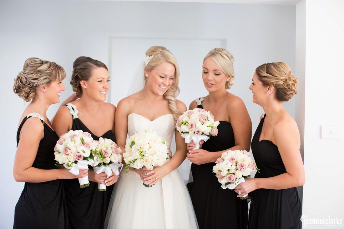 gemma-clarke-photography_gunners-barracks-wedding_tearooms-wedding_ellie-and-sam_0019