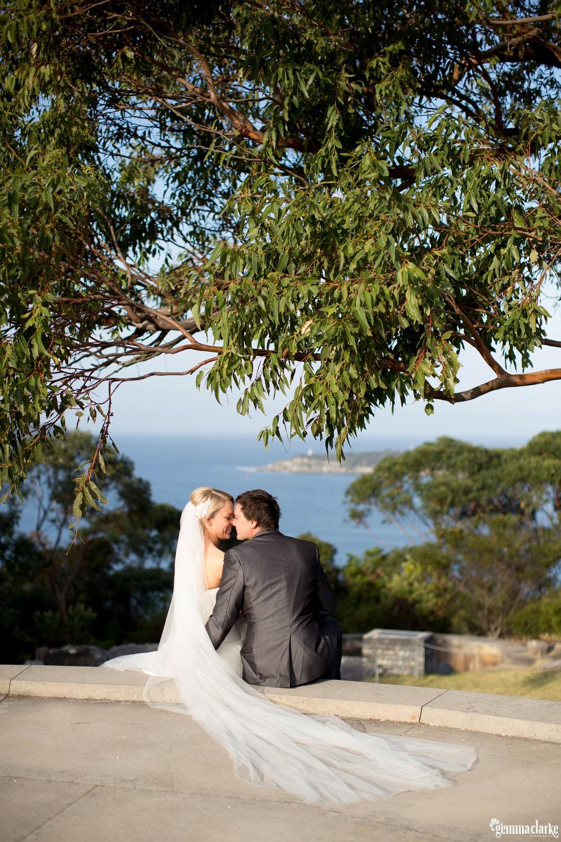 gemma-clarke-photography_gunners-barracks-wedding_tearooms-wedding_ellie-and-sam_0040