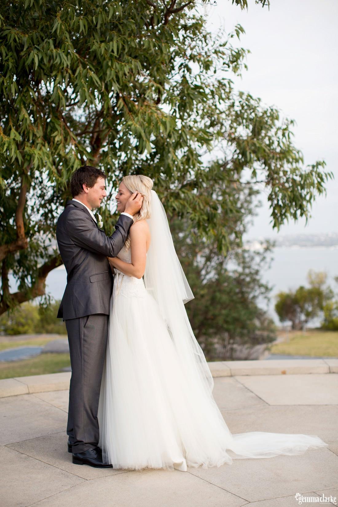 gemma-clarke-photography_gunners-barracks-wedding_tearooms-wedding_ellie-and-sam_0042