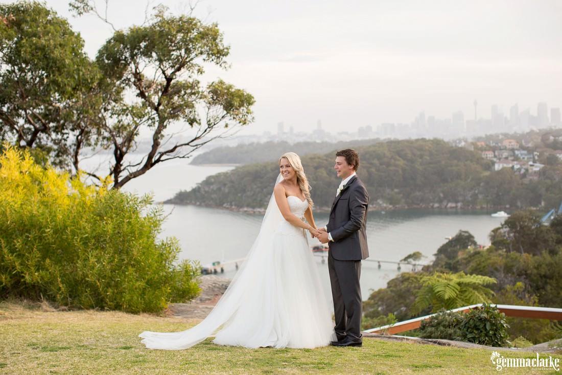 gemma-clarke-photography_gunners-barracks-wedding_tearooms-wedding_ellie-and-sam_0045