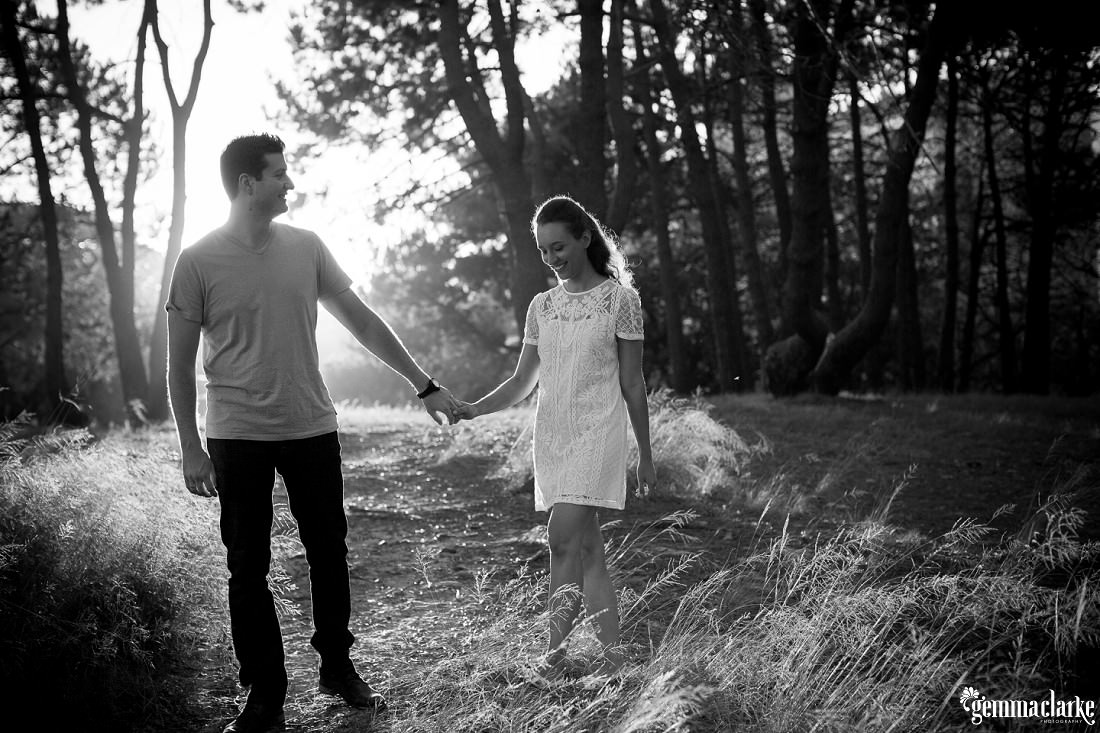 gemmaclarkephotography_centennial-park-engagement-photos_luisa-and-nick_0002