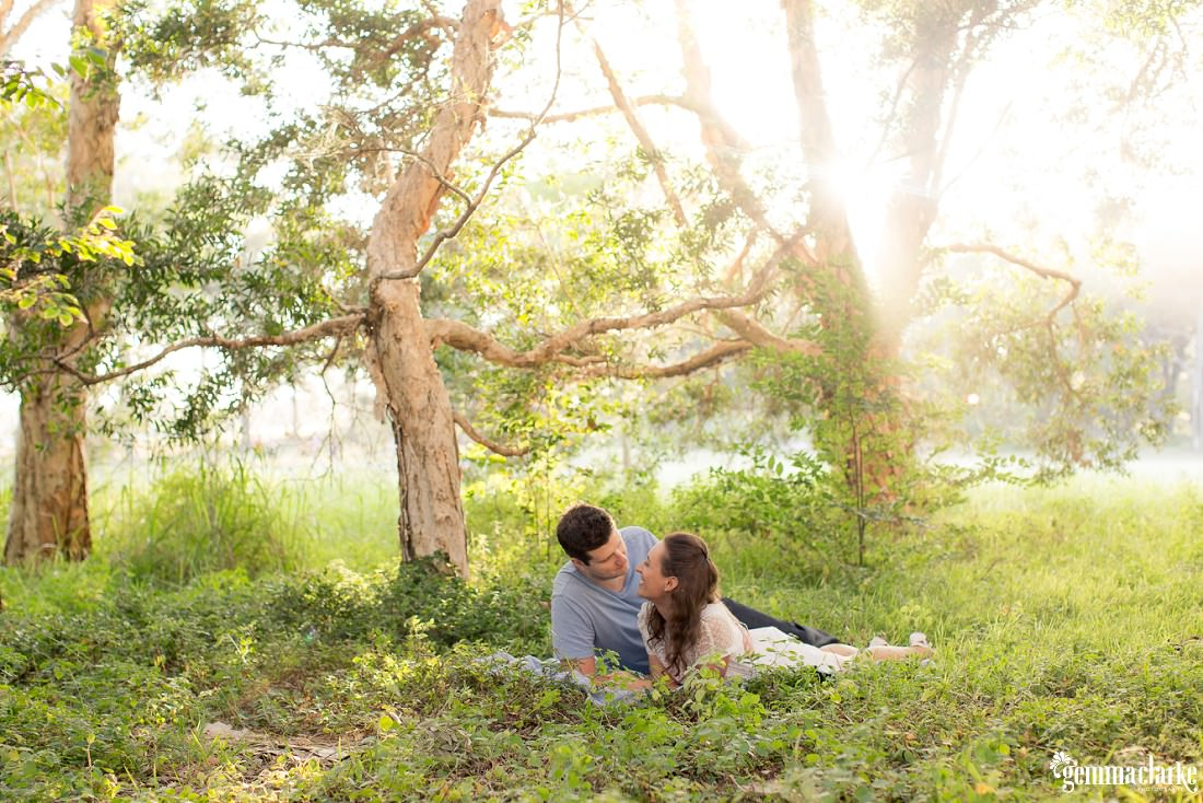 gemmaclarkephotography_centennial-park-engagement-photos_luisa-and-nick_0012a