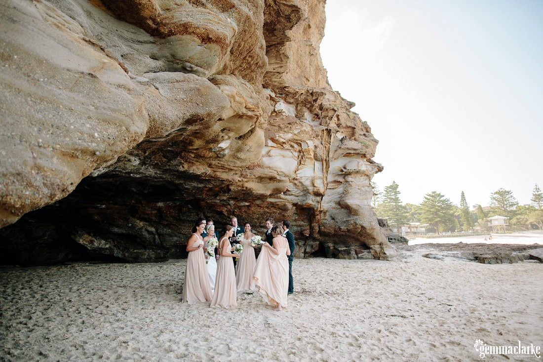 gemmaclarkephotography_newcastle-beach-wedding_caves-beach_amy-and-ryan_0048