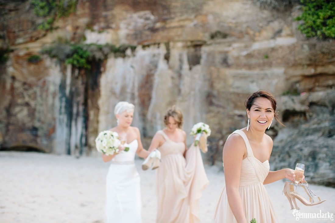 gemmaclarkephotography_newcastle-beach-wedding_caves-beach_amy-and-ryan_0057