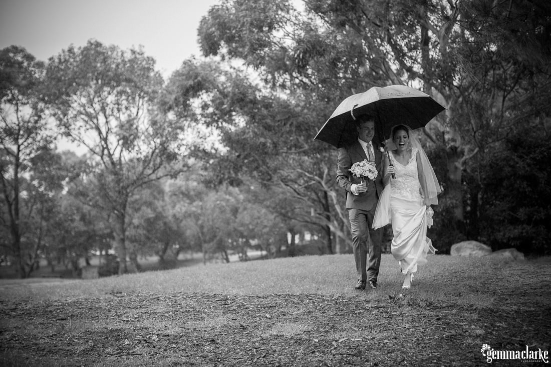 gemma-clarke-photography_rainy-day-wedding_deckhouse-wedding_emily-and-jeremy_0047