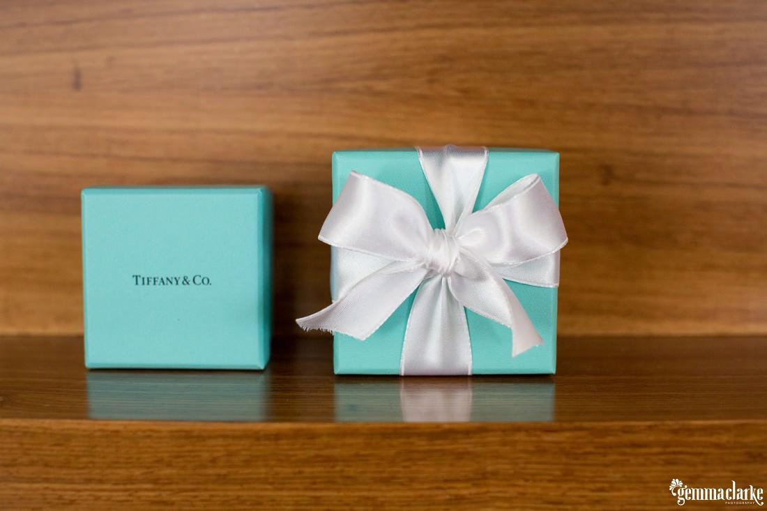gemma-clarke-photography_gunners-barracks-wedding_tearooms-wedding_danielle-and-campbell_0005