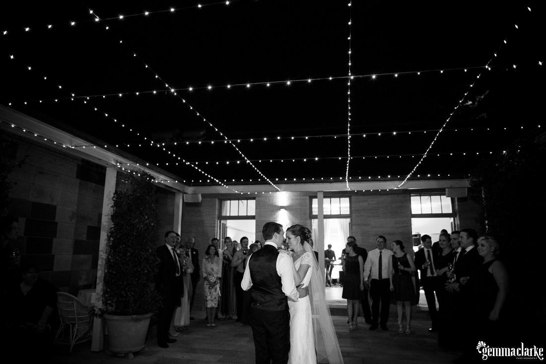 gemma-clarke-photography_gunners-barracks-wedding_tearooms-wedding_danielle-and-campbell_0055