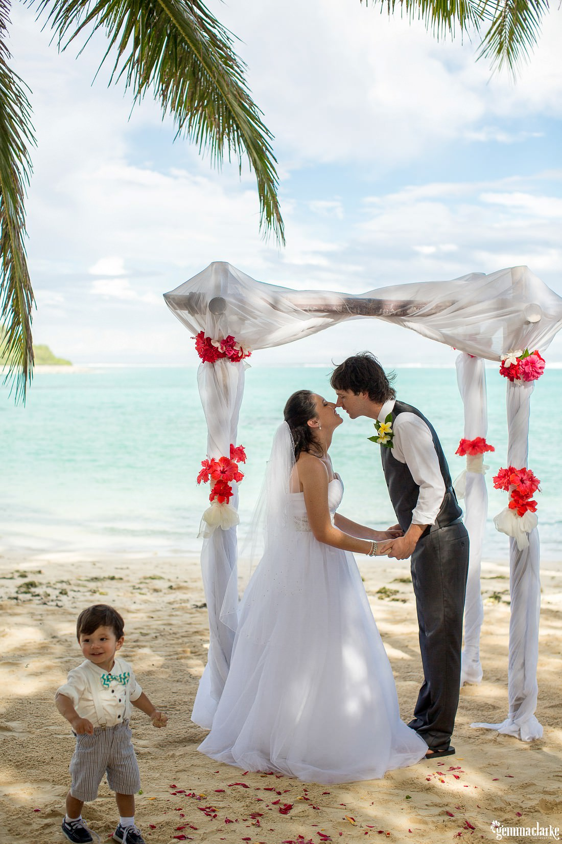 gemmaclarkephotography_south-pacific-destination-wedding_island-wedding_natalie-and-alex_0041