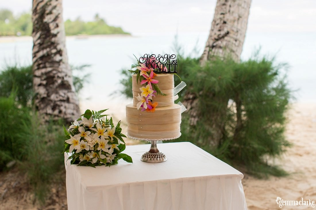 Island style wedding cake with frangipanis - South Pacific Wedding