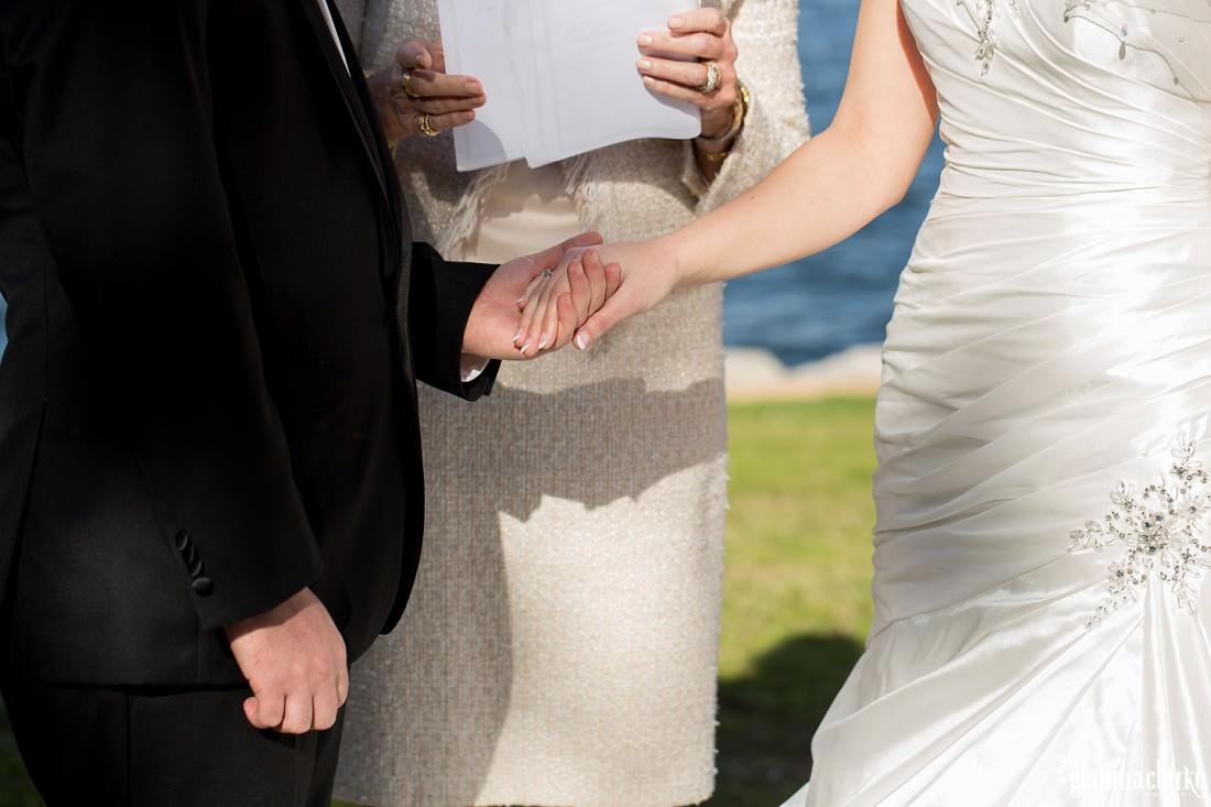 gemma-clarke-photography_deckhouse-woolwich-wedding_clarkes-point-reserve-wedding_natalie-and-chris_0019