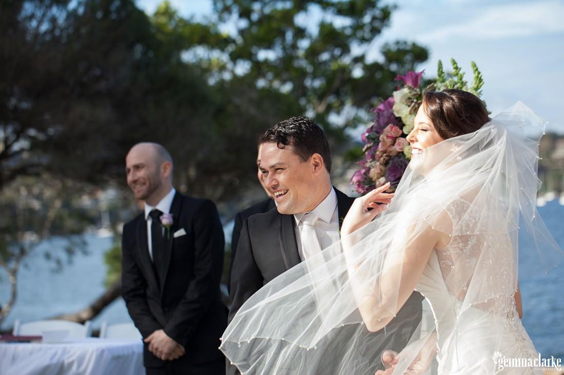 gemma-clarke-photography_deckhouse-woolwich-wedding_clarkes-point-reserve-wedding_natalie-and-chris_0022