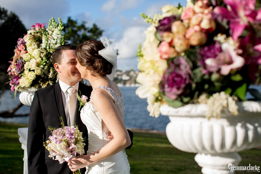 gemma-clarke-photography_deckhouse-woolwich-wedding_clarkes-point-reserve-wedding_natalie-and-chris_0024