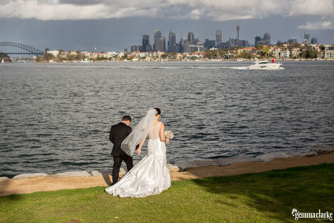 gemma-clarke-photography_deckhouse-woolwich-wedding_clarkes-point-reserve-wedding_natalie-and-chris_0026