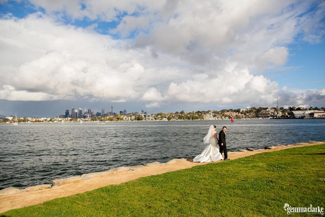 gemma-clarke-photography_deckhouse-woolwich-wedding_clarkes-point-reserve-wedding_natalie-and-chris_0027