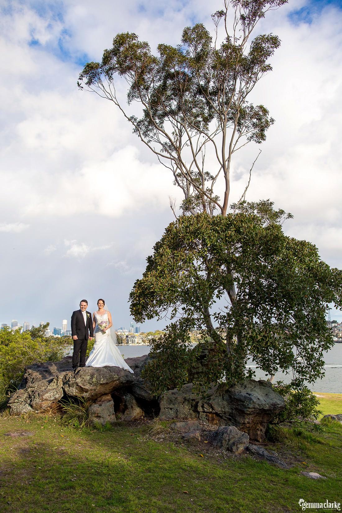 gemma-clarke-photography_deckhouse-woolwich-wedding_clarkes-point-reserve-wedding_natalie-and-chris_0032