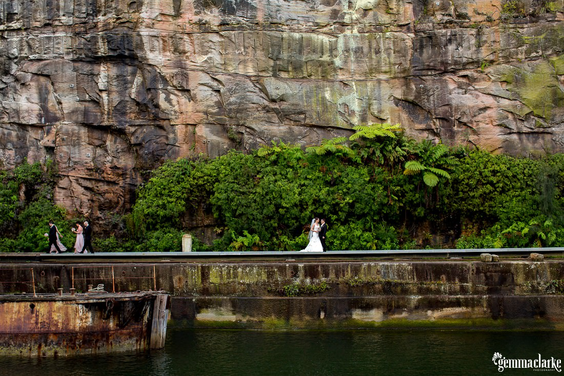 gemma-clarke-photography_deckhouse-woolwich-wedding_clarkes-point-reserve-wedding_natalie-and-chris_0035