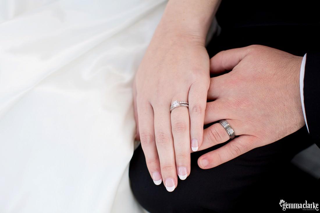 gemma-clarke-photography_deckhouse-woolwich-wedding_clarkes-point-reserve-wedding_natalie-and-chris_0042