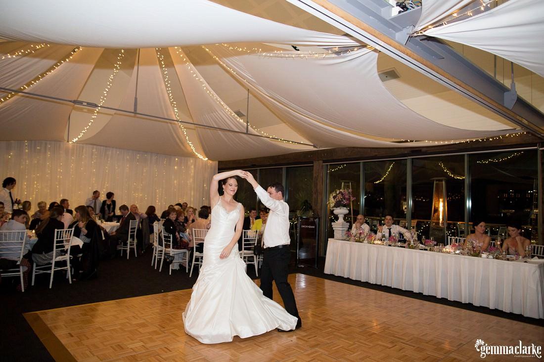 gemma-clarke-photography_deckhouse-woolwich-wedding_clarkes-point-reserve-wedding_natalie-and-chris_0052