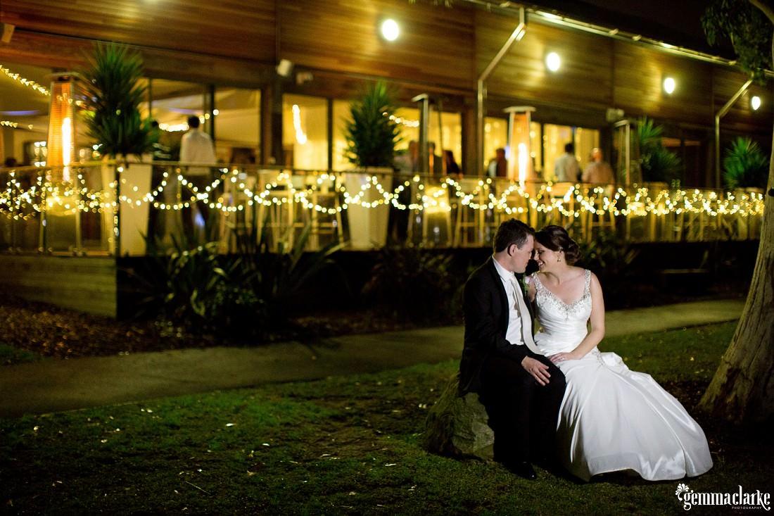 gemma-clarke-photography_deckhouse-woolwich-wedding_clarkes-point-reserve-wedding_natalie-and-chris_0059