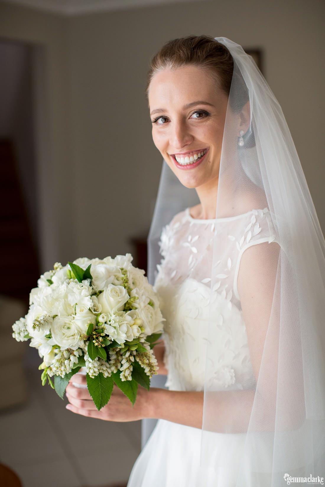 gemma-clarke-photography_kings-school-wedding_balmoral-beach-reception_bathers-pavilion-wedding_luisa-and-nick_0015