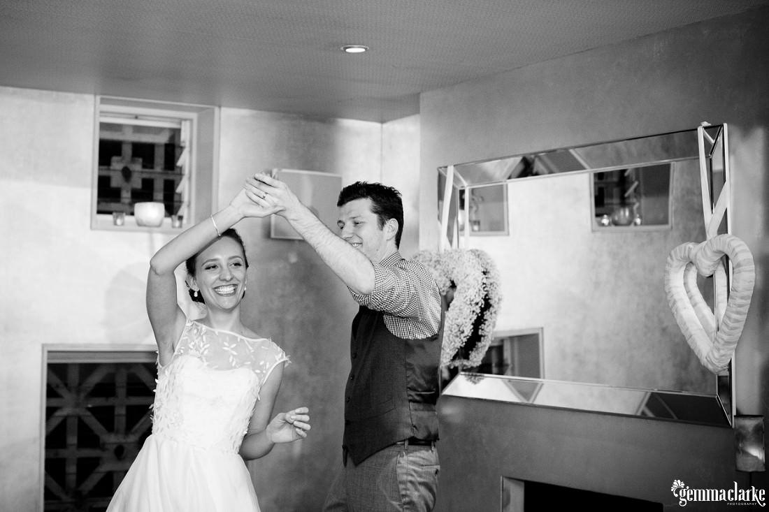 gemma-clarke-photography_kings-school-wedding_balmoral-beach-reception_bathers-pavilion-wedding_luisa-and-nick_0077