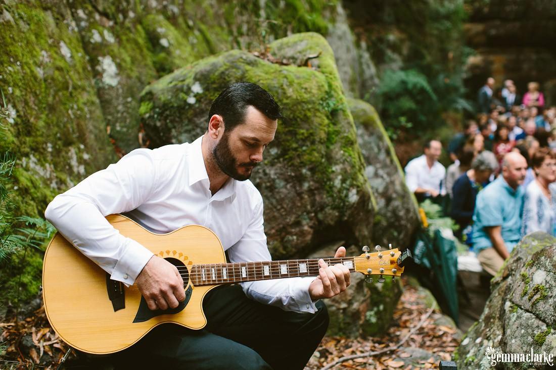 gemma-clarke-photography_kangaroo-valley-wedding_kangaroo-valley-bush-retreat_zoe-and-cam_0028