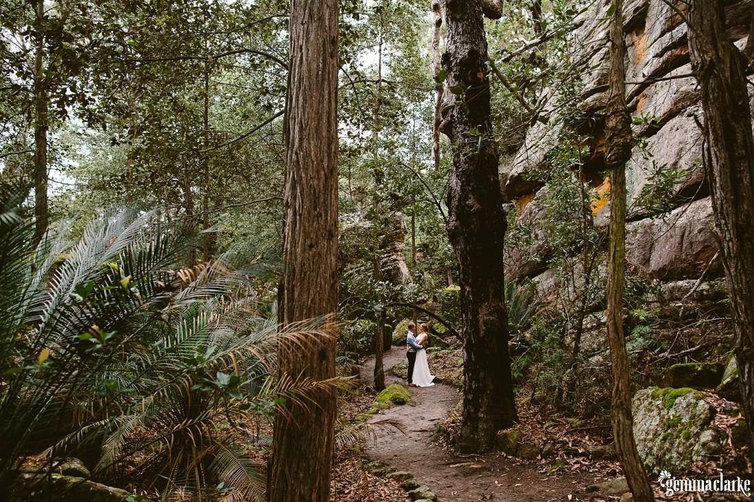 gemma-clarke-photography_kangaroo-valley-wedding_kangaroo-valley-bush-retreat_zoe-and-cam_0036